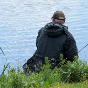 dave_parkes_dave_parkes_ft_in_to_a_fish_from_peg_2_moat_outerrs.jpg_cap
