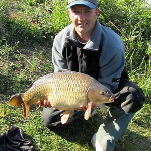 dean_swift_angling_direct_with_a_lovely_commonrs.jpg_cap