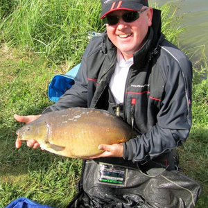 jim_greenaway_dudley_tackle_with_a_nice_mirror.jpg_cap