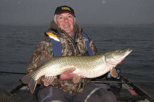 Neville Fickling with a 20lb 4oz pike from Chew reservoir
