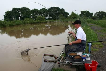 Accurate Feeder Fishing Daiwasports Co Uk